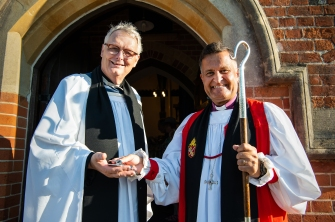 Rev Potterton and Bishop Of Southampton at Christ Church, Emery Down_DSC_2641_© Harvey Mills 2018